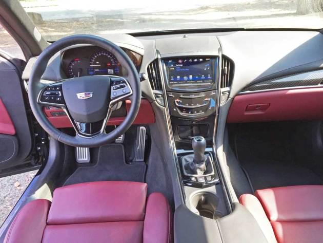 Cadillac-ATS-2.0T-Dsh