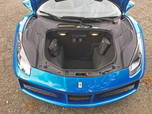 ferrari-488-spider-boot
