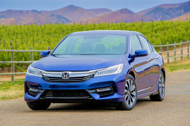 The Accord Has Taken Many Forms Over The Years U2014 Sedan, Coupe, Wagon,  Hatchback, Hybrid, Plug In Hybrid And Grown From A Compact To One Of The  Larger ...