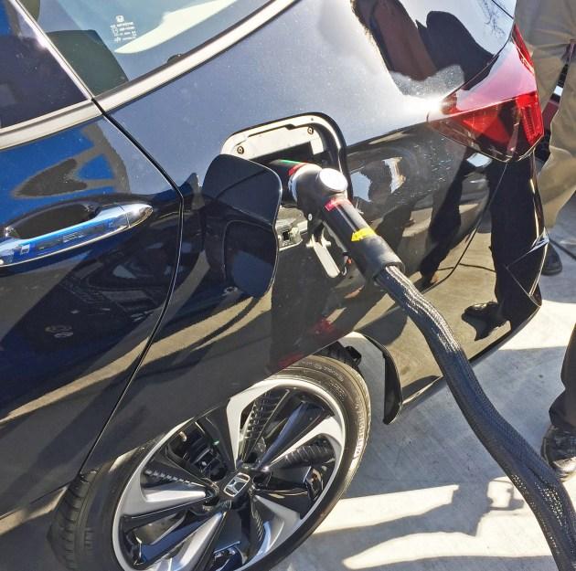 Honda Clarity Fuel Cell Port