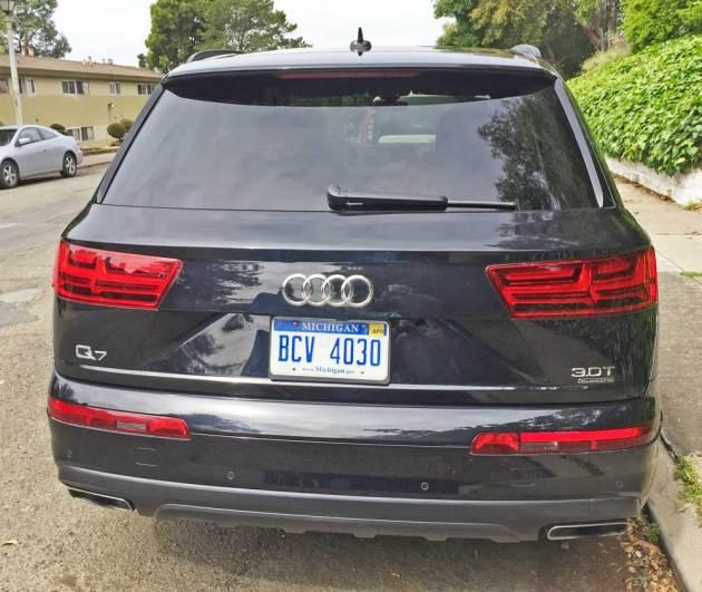 Audi-Q7-3.0T-Tail
