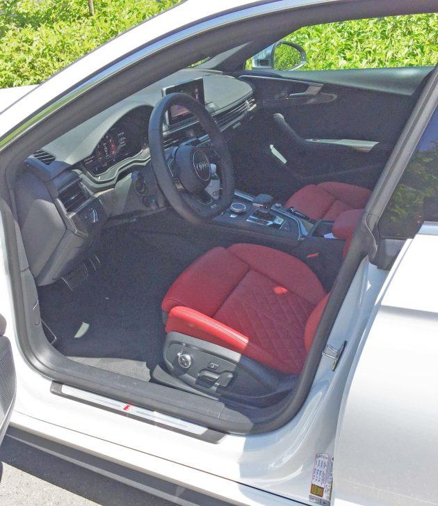 Audi S5 Int