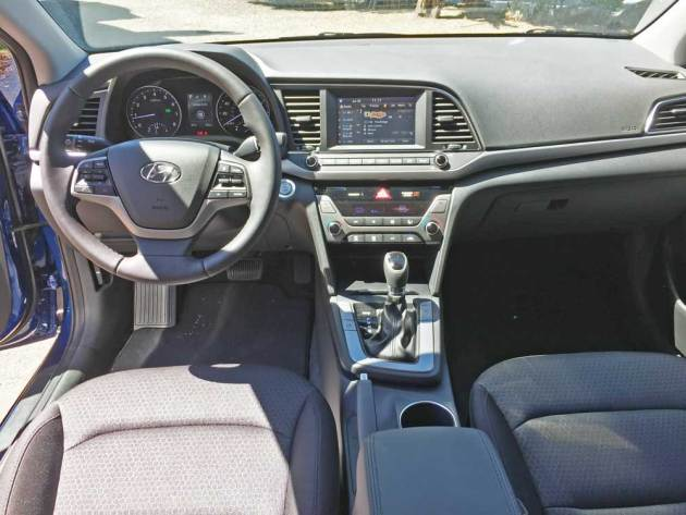 Hyundai-Elantra-Eco-Dsh