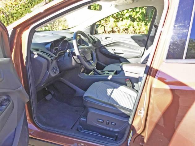 Ford-Escape-SE-Int
