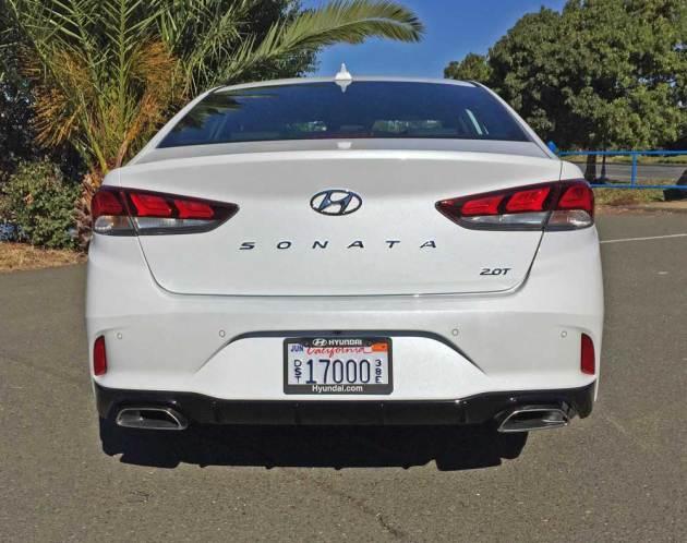Hyundai-Sonata-2.0T-Tail