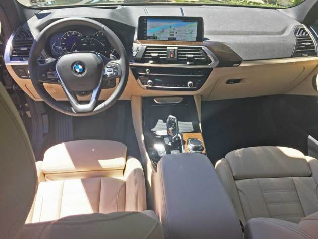 BMW-X3-30i-Dsh