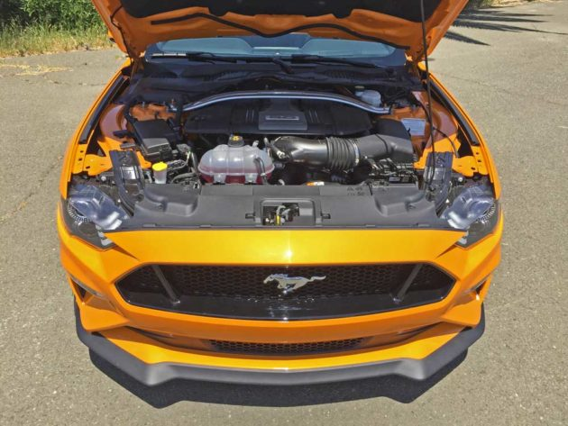 Ford-Mustang-GT-Eng