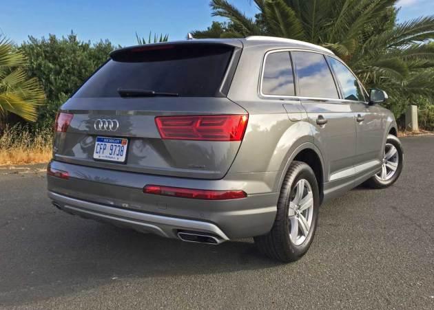 Audi-Q7-2.0T-RSR
