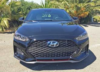 Hyundai-Veloster-Turbo-Nose
