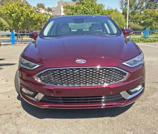 2018 Ford Fusion Platinum Hybrid Test Drive
