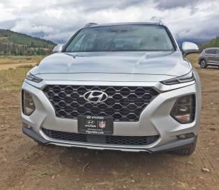 2019 Hyundai Santa Fe 2.0T Ultimate H-Trac Test Drive