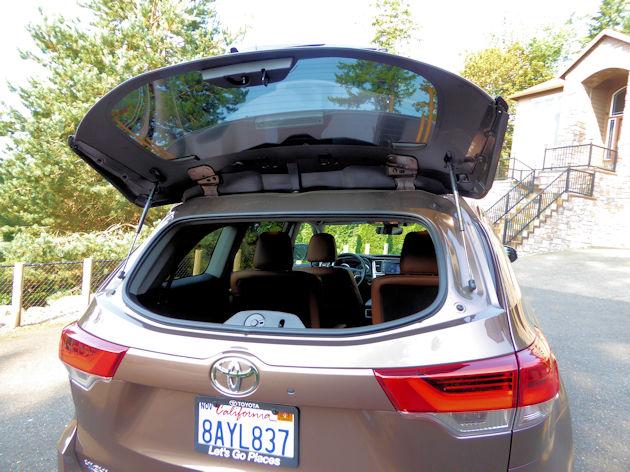 Toyota Highlander Test Drive - NikJMiles com