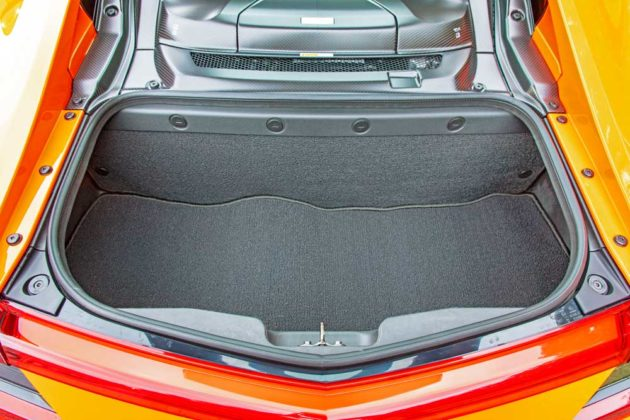 Acura-NSX-Trnk