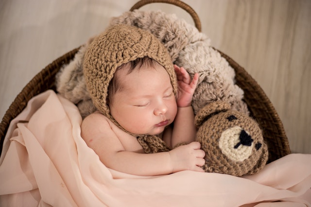 10 Enchanting Nighttime Songs To Make Your Newborn Fall Asleep
