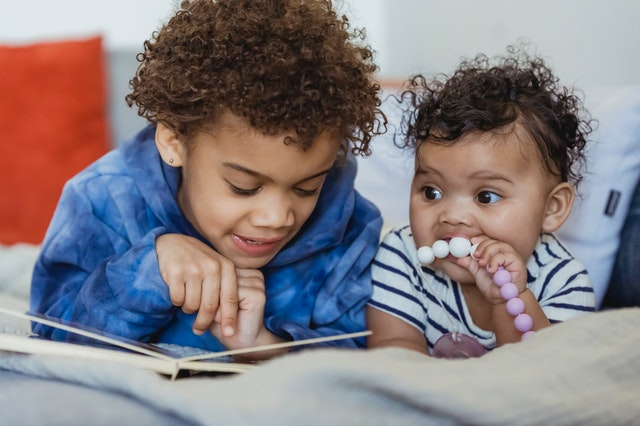 13 Tested Tips To Boost Your Baby's Hair Growth