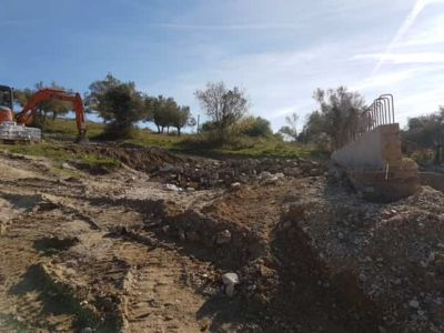 Behind the Retaining Wall at a new house in Le Marche