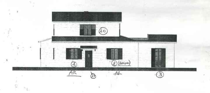 Drawing of front of house in Le Marche