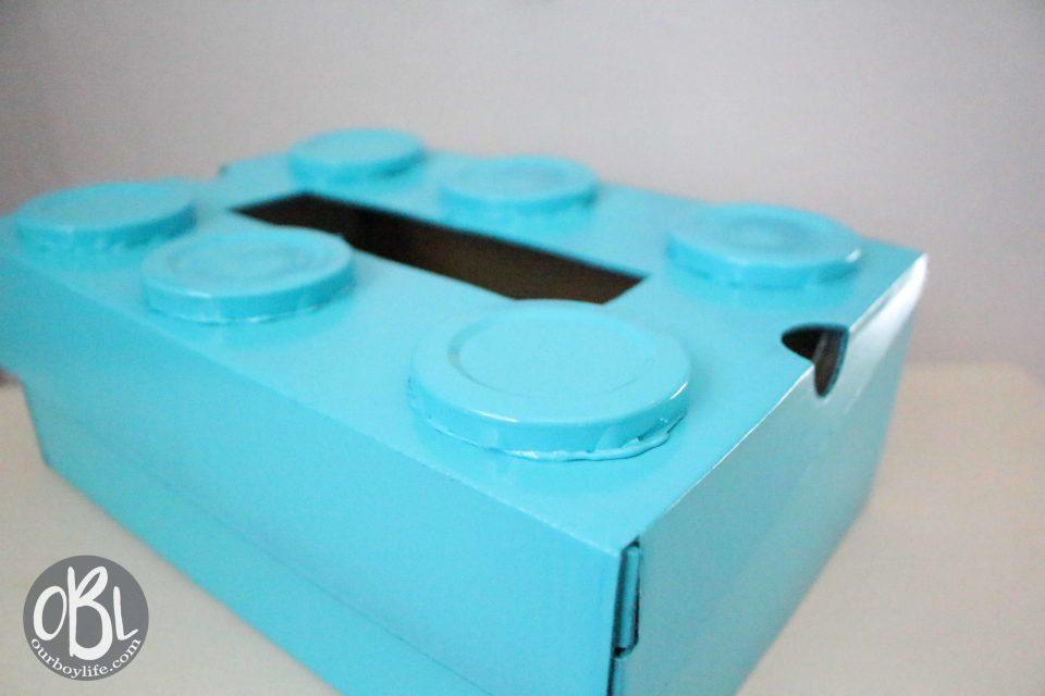 How to make a LEGO Valentine Box