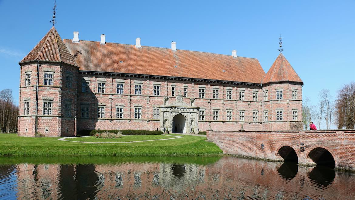Voergard Palace