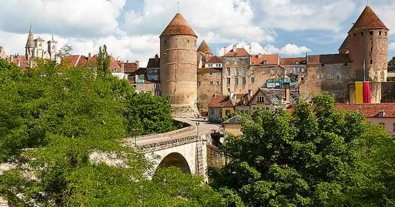 Burgundy the Region of Fine Wine & Hilltop Villages