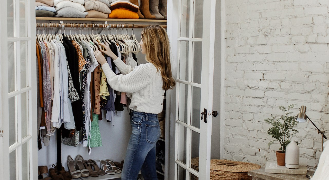 How to Organize Your Closet like a Pro in 7 Easy Steps