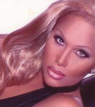 Amailia Black - Miss Axis 2009
