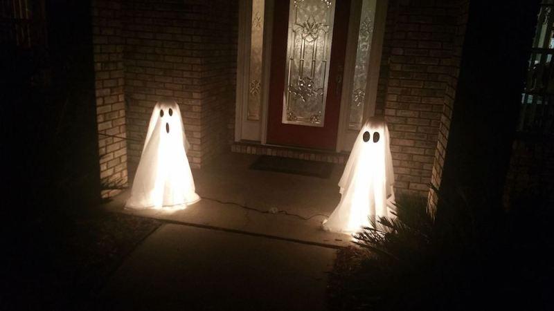 DIY Halloween Ghost Lights - Thrift Diving - HMLP 156 Feature
