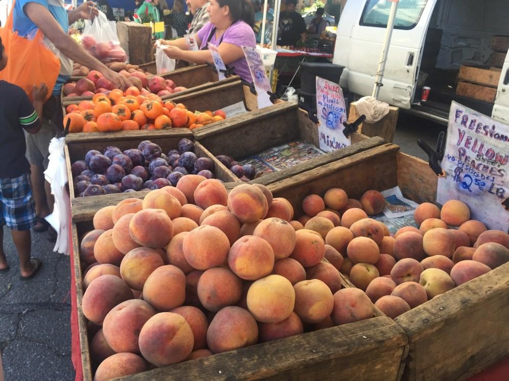 pleasanton-farmers-market-fruits