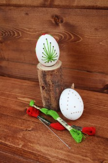 DIY_Egg_Christmass_ornament