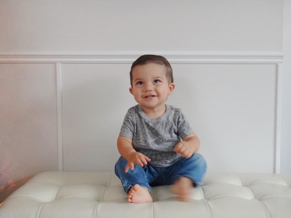 First Birthday Oliver Turns One Mommy Blog (4)