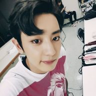 real__pcy: Hair on break *his bangs look like comma which is a break in a sentence* (160813)