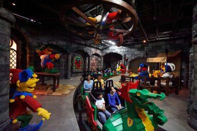 dragon-coaster-in-castle