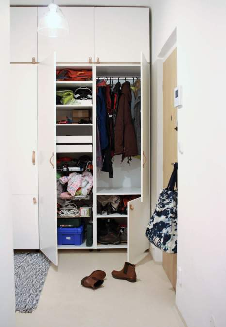 Veddinge Osternas Closet interior | ourguidetotheeveryday.com