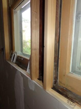 Kitchen window jamb extensions