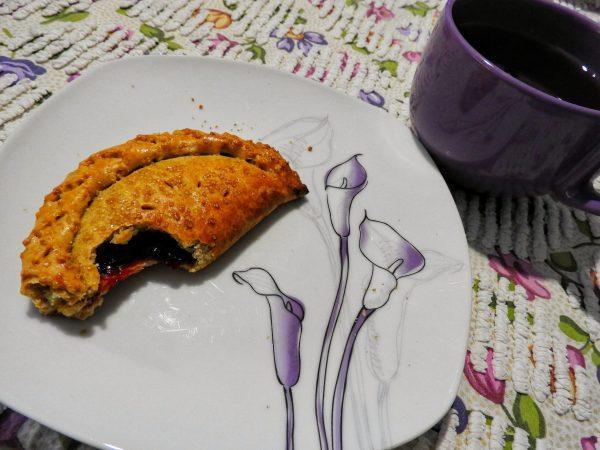 Cherry Pie, Hand-held