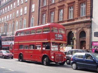 Bus traditionnels londoniens