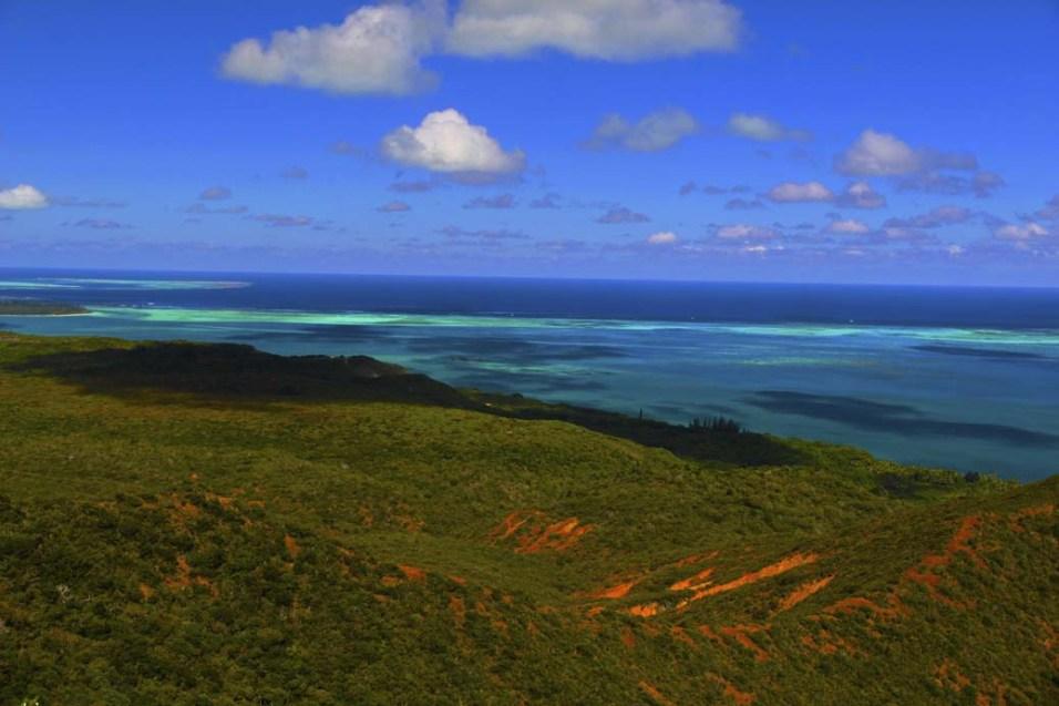 Point de vu sur l'île Aventure à gauche