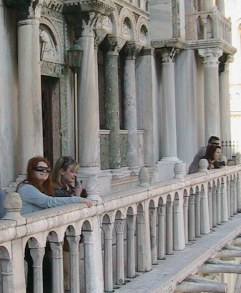 Kerrie and Katrina in Venice 2010