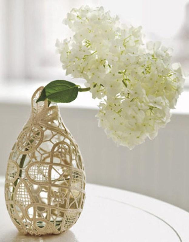 DIY-Vintage-Doily-Vase