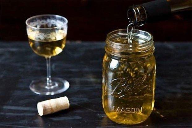Use a Mason Jar to Keep Leftover Wine