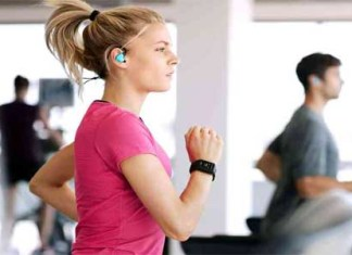 Listen to music while exercising to workout longer