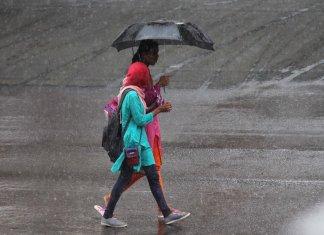शहर में दो दिन से हो रही झमाझम बारिश से मौसम हुवा सुहाना