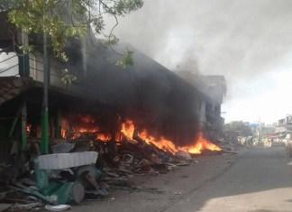Fire Breaks Out In Bandra