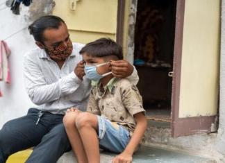 Coronavirus India: बालकांना लावा मास्क लावण्याची सवय