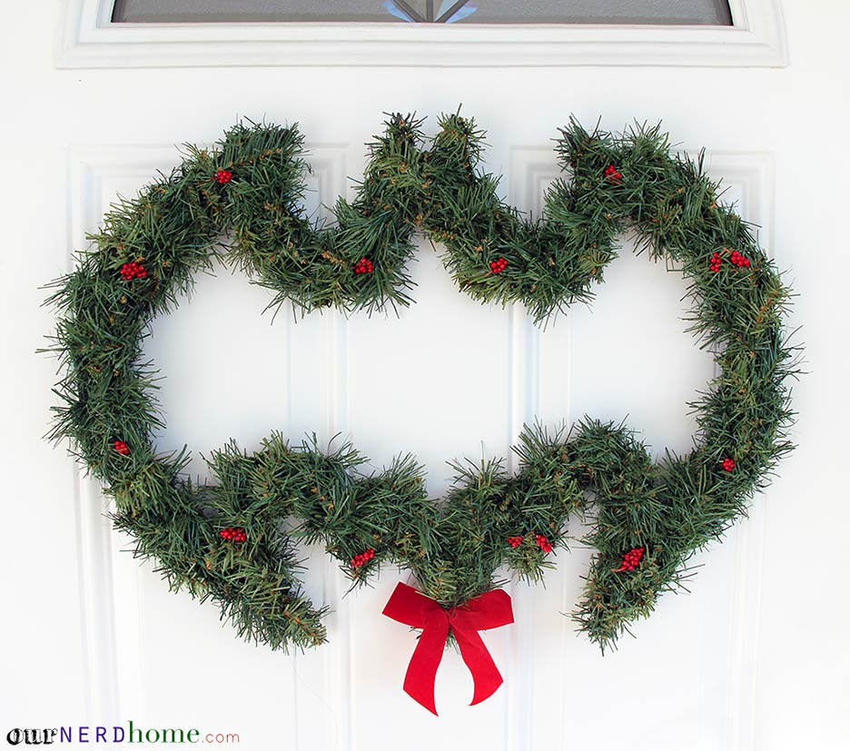 DIY Batman Wreath - Our Nerd Home