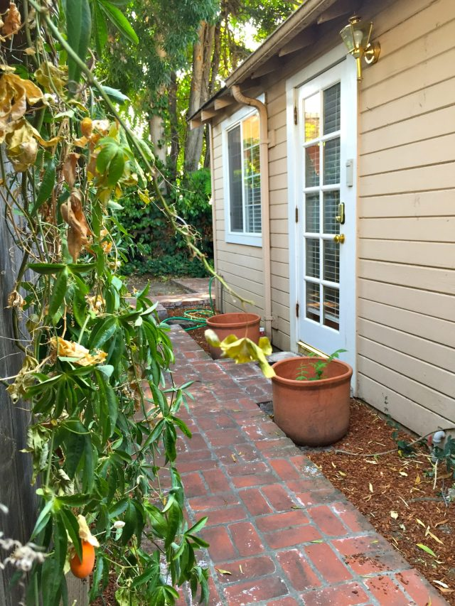 Home Away From Home: Our {Menlo Park} Cottage | ournextadventure.co