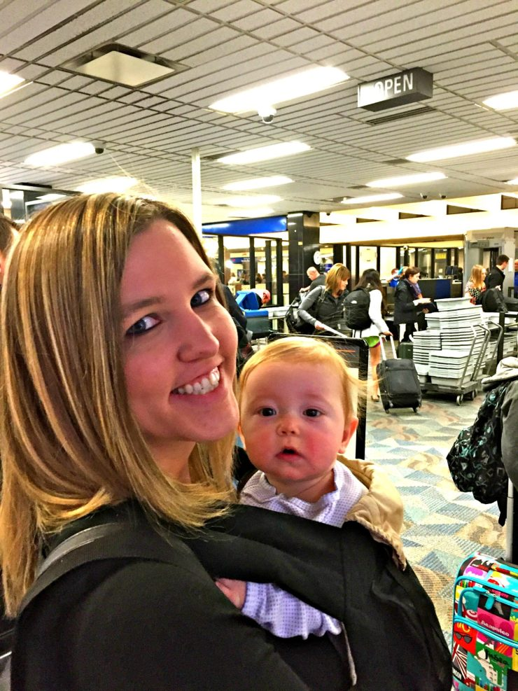 Our best tips for stress-free flying with baby, from booking your flight to at the airport. // Traveling with Baby | Flying with Infant | Travel with Kids | What to Pack | Air Travel | Plane Travel | Infant Seat | Family Travel | Fly Baby