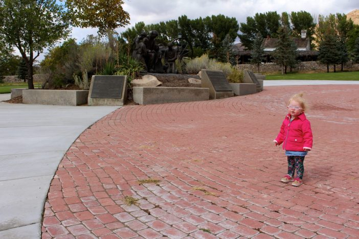 Seeing the best of Salt Lake City, Utah in one day. #slc #utah #familytravel // Family Travel   Travel with Kids   SLC   Salt Lake City   US Travel   USA   United States   Utah Cities   Temple Square   This Is the Place Heritage Park