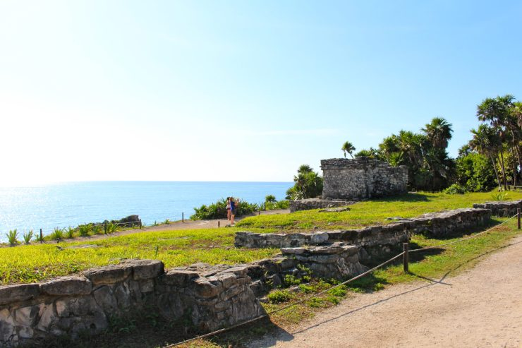 Tips for visiting the Mayan Ruins in Tulum with baby in tow // Mexico Beach Vacation | Family Travel | Travel with Kids