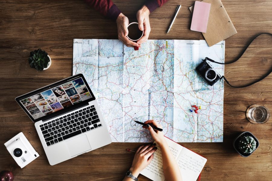 A complete list of online travel planning resources for deals on flights, hotels, vacation rentals, alternative accommodations, transportation, travel insurance and more. #familytravel #wanderlust // Family Travel   Travel with Kids   Vacation Planning   Worldschooling   Cheap Flights   Travel Deals   Where to Stay   How to Plan